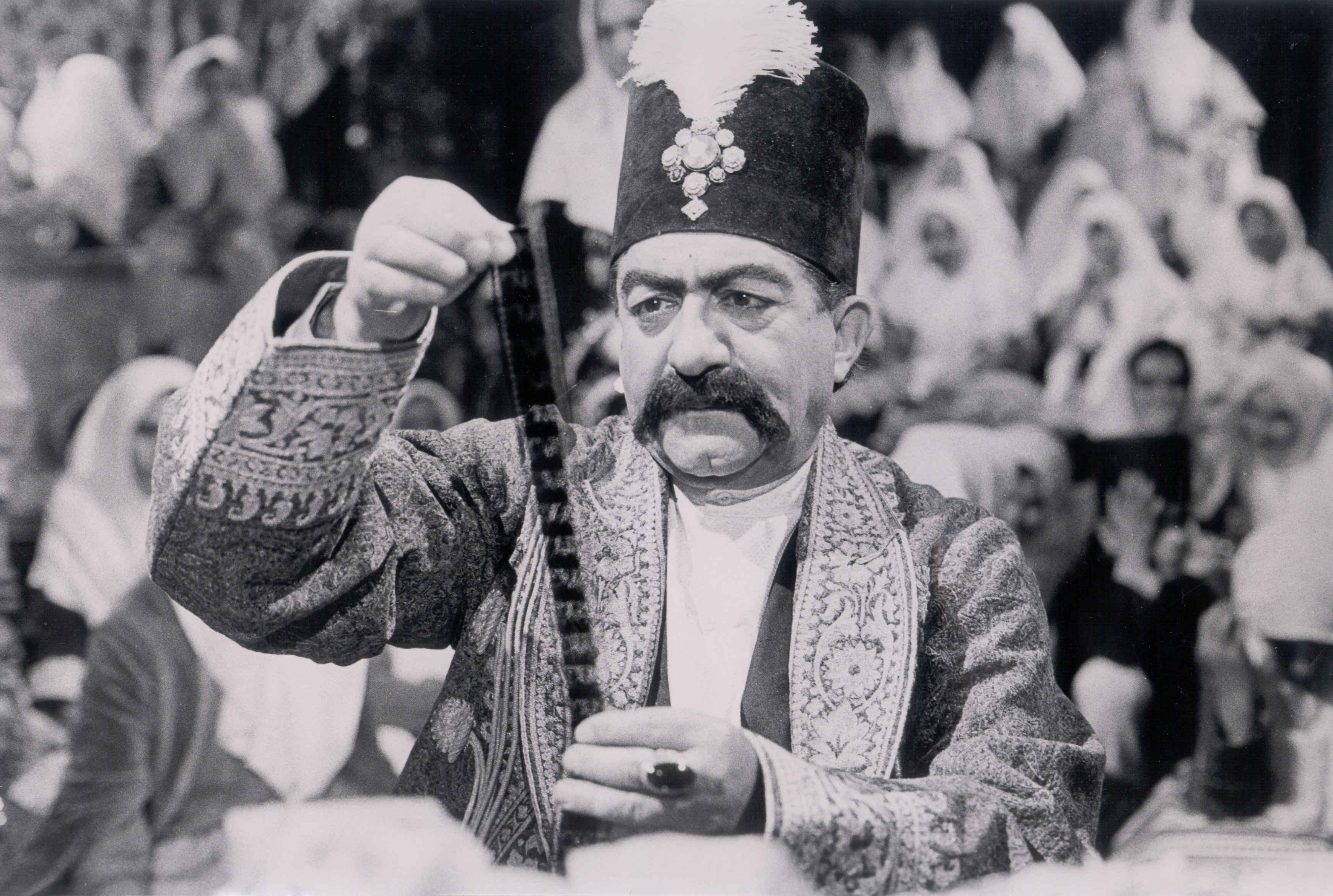 یاد عزتِ سینمای ایران