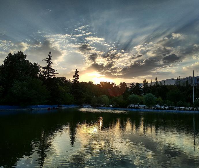 تهرانگردی - پارک ملت
