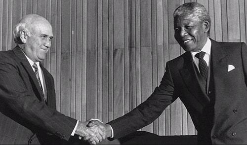 از راست نلسون ماندلا واف دبلیو دکلرک