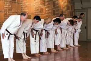 احترام و تواضع در کاراته