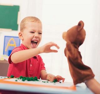 گفتار درمانی برای کودکان با اختلالات طیف اتیسم
