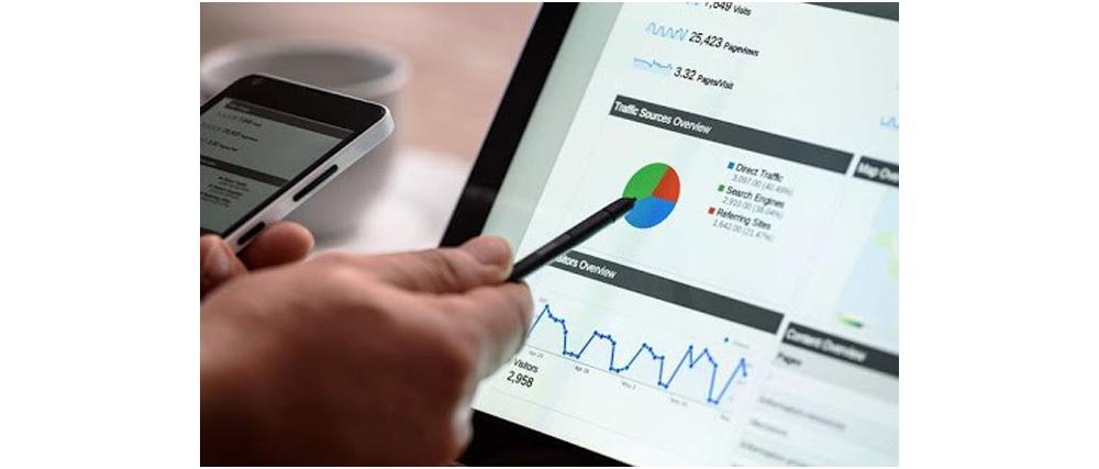 1- مدیر اجرایی دیجیتال مارکتینگ کیست و چه وظایفی دارد؟