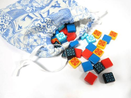 بازی رومیزی ازول(Azul)