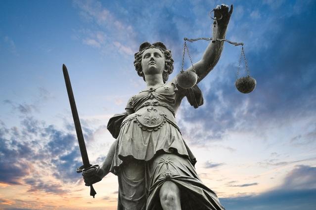 آیا عدالت واقعا وجود داره؟