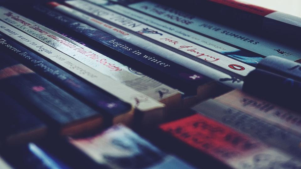 کتاب نخواندن بهتر از کتابِ بد خواندن