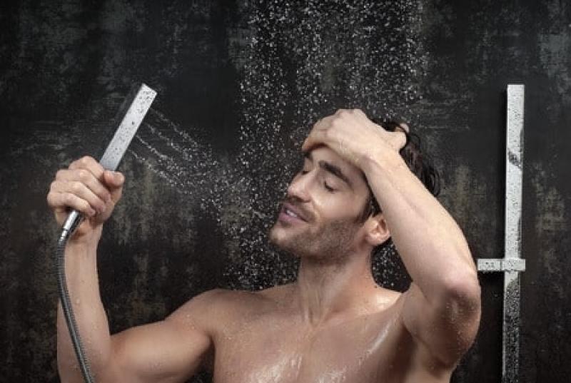 دوش گرفتن در زمستان و مراقبت از پوست