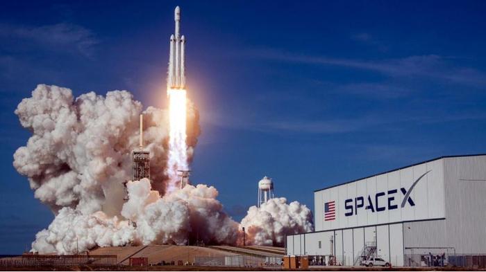 روزهای خوش شرکت SpaceX با جذب سرمایه ای چند صد میلیون دلاری