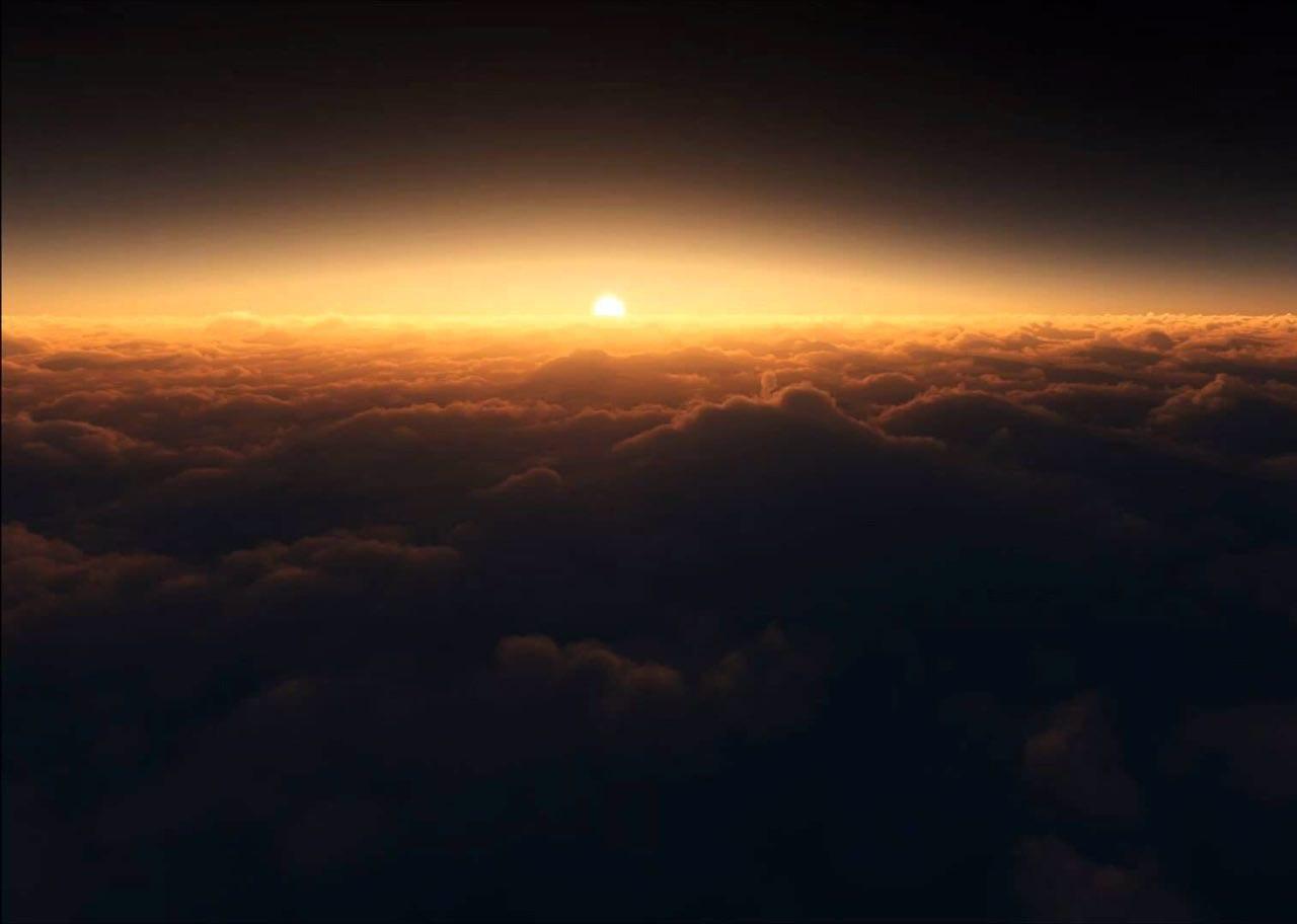 آسمان تنهاست!