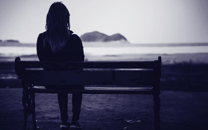 من و تنهاییم