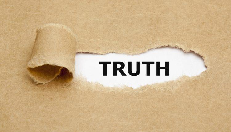 شجاعت پذیرش حقیقت رو داشته باشیم
