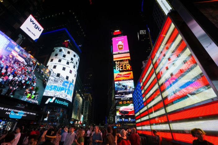 انقلاب صنعت تبلیغات ،تبلیغات دیجیتال در خارج از خانه (digital out of home)