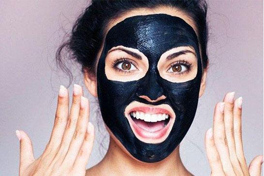 ماسک زغال فعال جادوی سیاه زیبایی