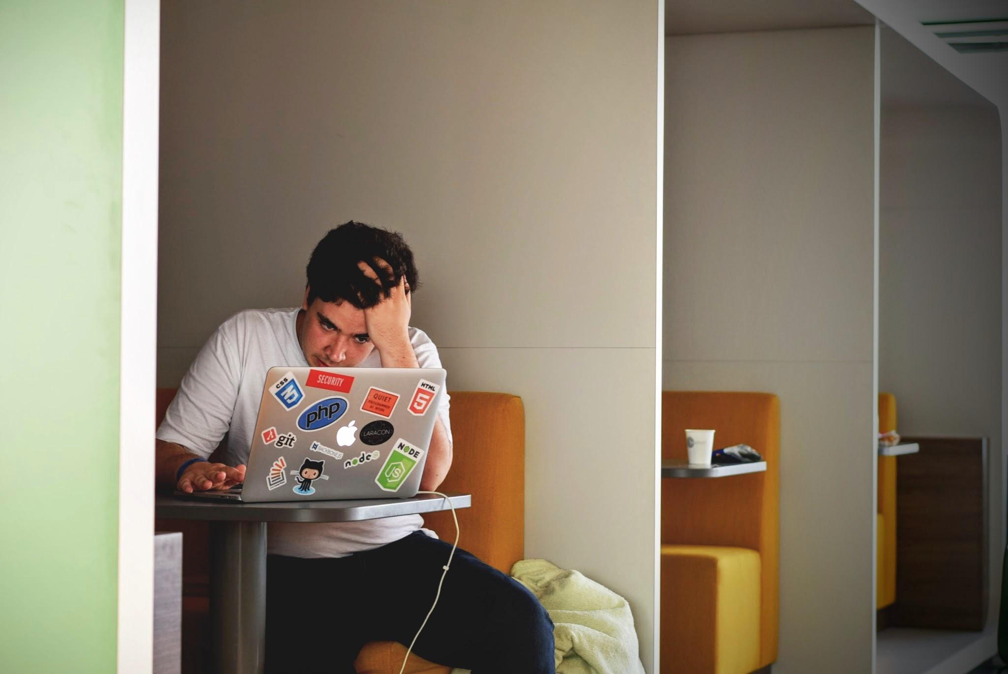 نکات مهم برای حفظ تمرکز در یادگیری برنامهنویسی