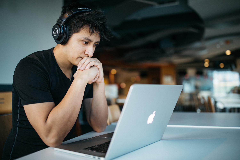 یادگیری جاوا اسکریپت: یازده منبع آنلاین برای هر سطح تخصص