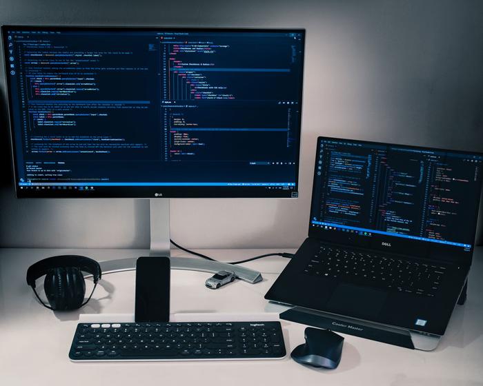 ادیتور و IDEهای محبوب برای طراحی وب