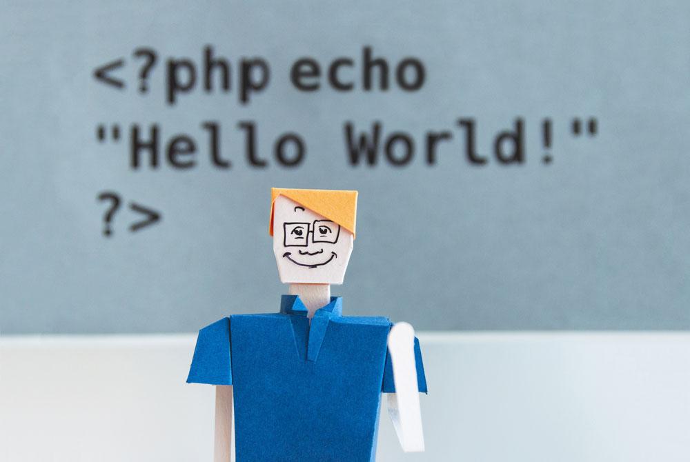 زبان PHP چیست و چه کاربردی دارد؟