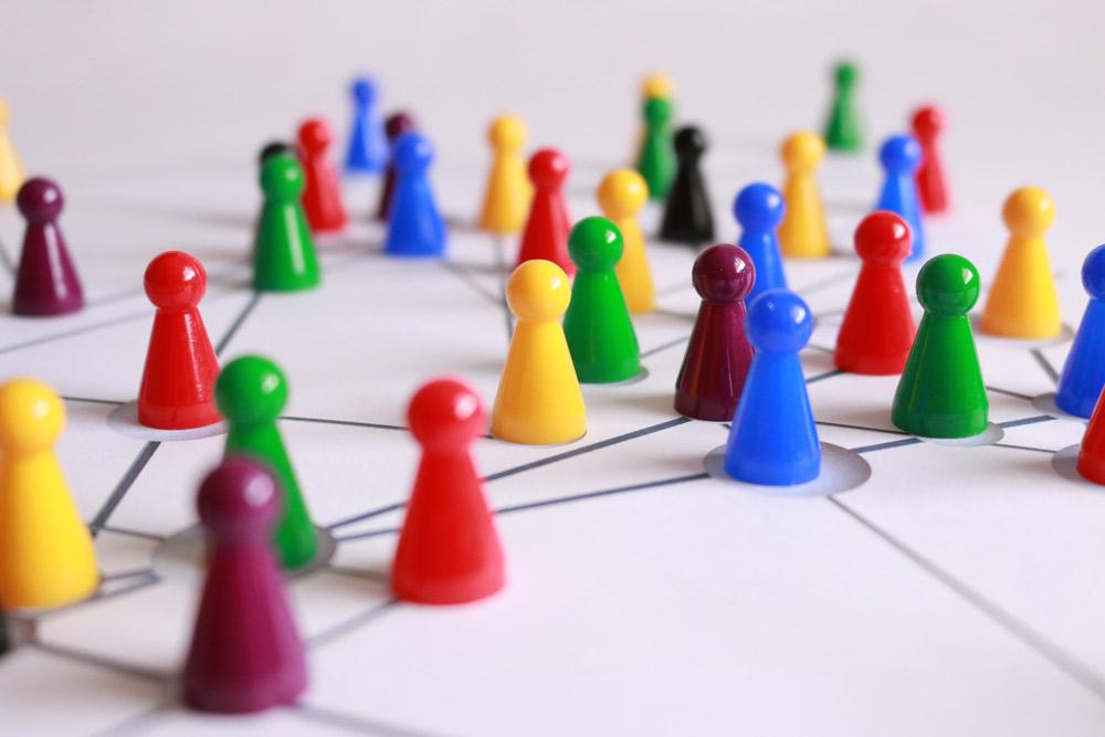 شرکت در رویدادهای استارتاپی برای تیمسازی و اعتبارسنجی ایدهها