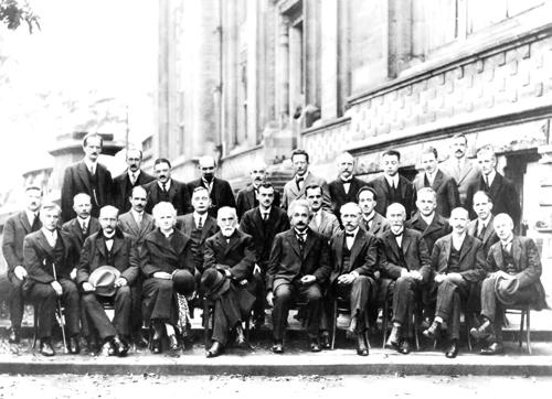 اروپاوآمریکا وموفقیت های علمیش که به جهان کمک کرد