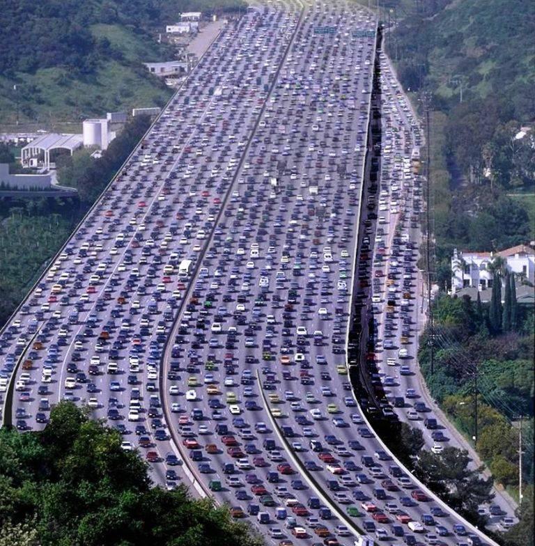 :: مقایسه ای از فرهنگ رانندگی در تهران و کالیفرنیا ::