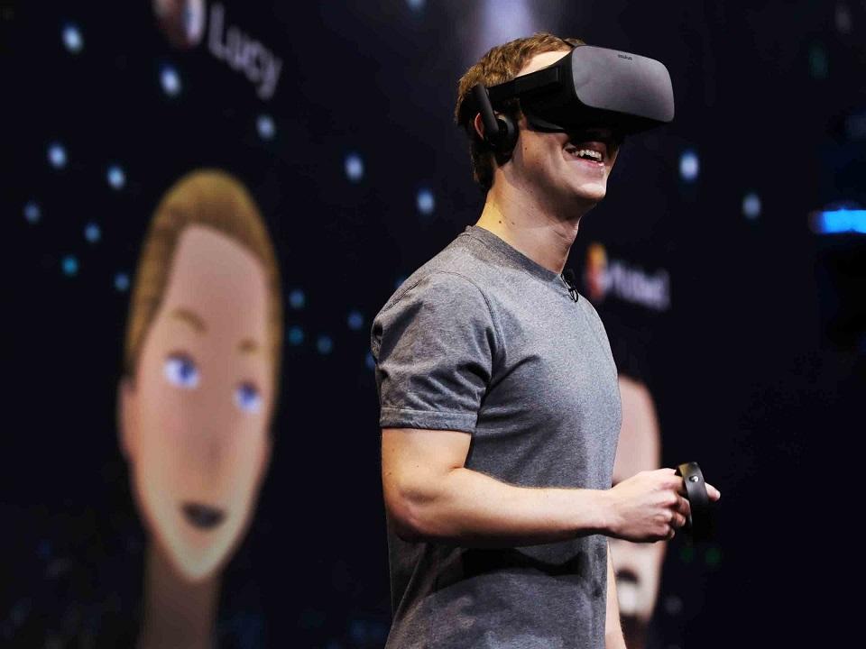 این نوشته قرار بود دربارهی «واقعیت مجازی» باشه، ولی از جایی به بعد خودش راهش رو ادامه داد.