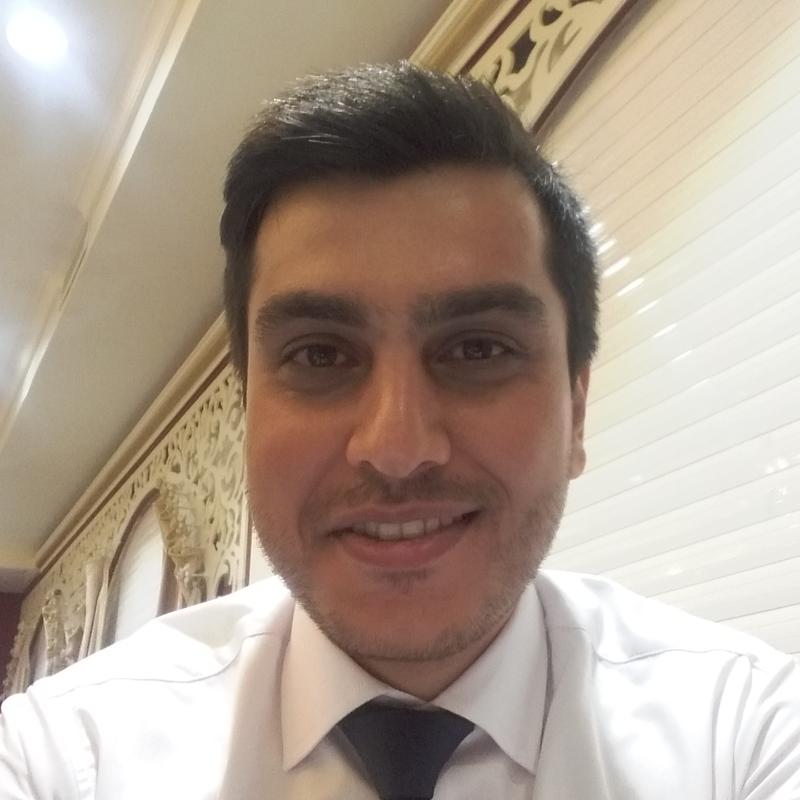 یاسر حسینی