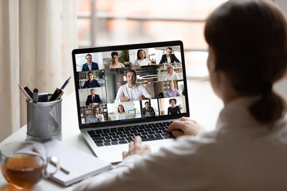 ارتباط های آنلاین بخش بزرگی از کاربری خانگی را تشکیل می دهد.