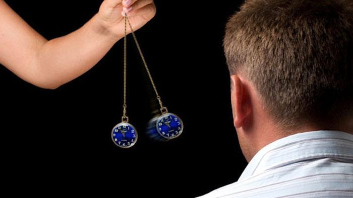 پردهبرداری از اسرار هیپنوتیزم (اثرات درمانی هیپنوتیزم و تصورات غلط درباره آن)