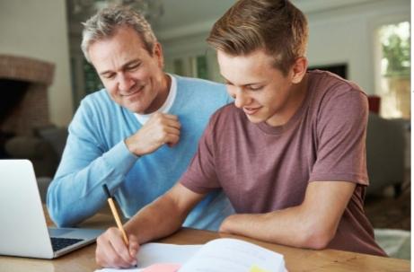 آموزش در منزل