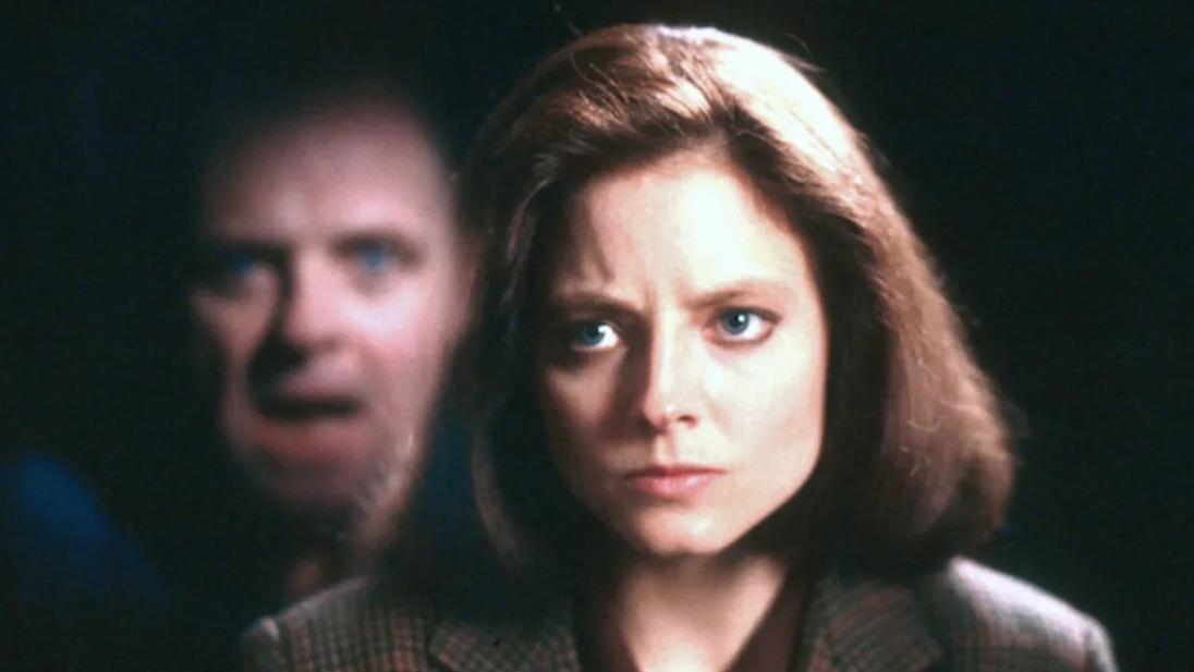 نمای دوربین در فیلم سکوت برهها (پیاو وی) این نما یک تکنیک برای انتقال حس ترس در فرم است.