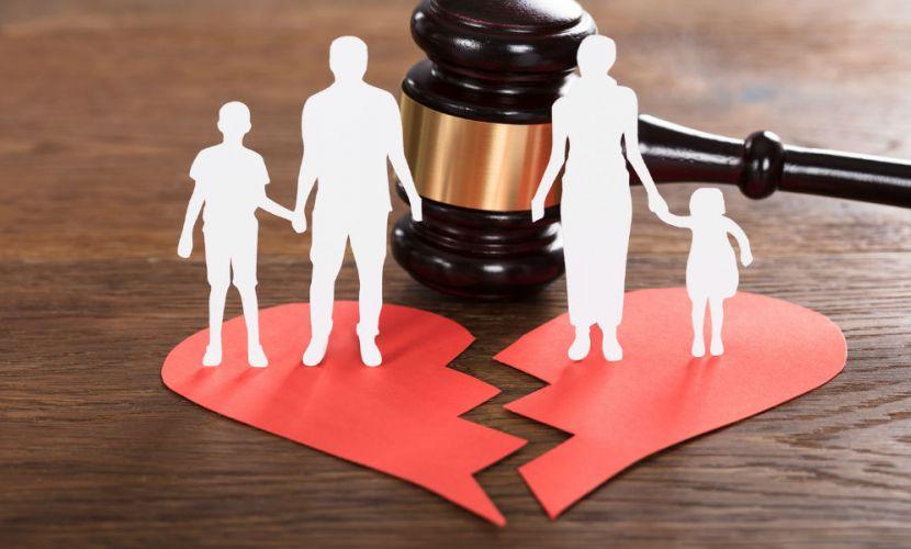شروط و راه های طلاق گرفتن زنان از مردان به همراه مثال