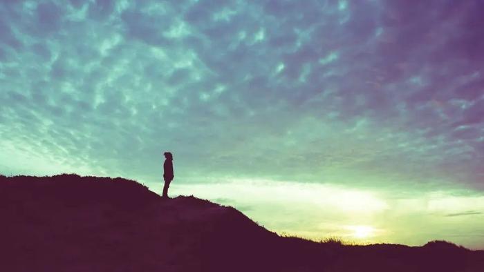 چرا شما به زمان تنهایی نیاز دارید
