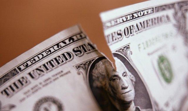 رمزگشایی از نمادها، چهرهها و پیامهای روی دلار