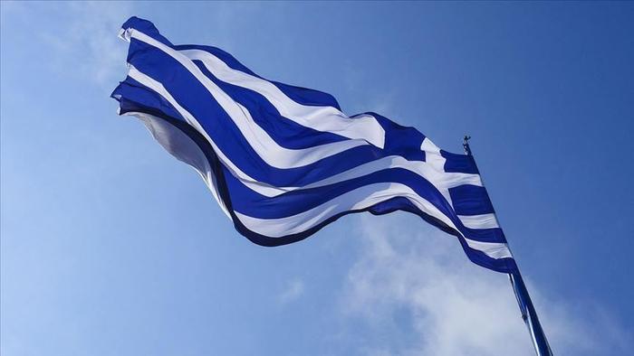 اقامت و مجوزهای کار در یونان