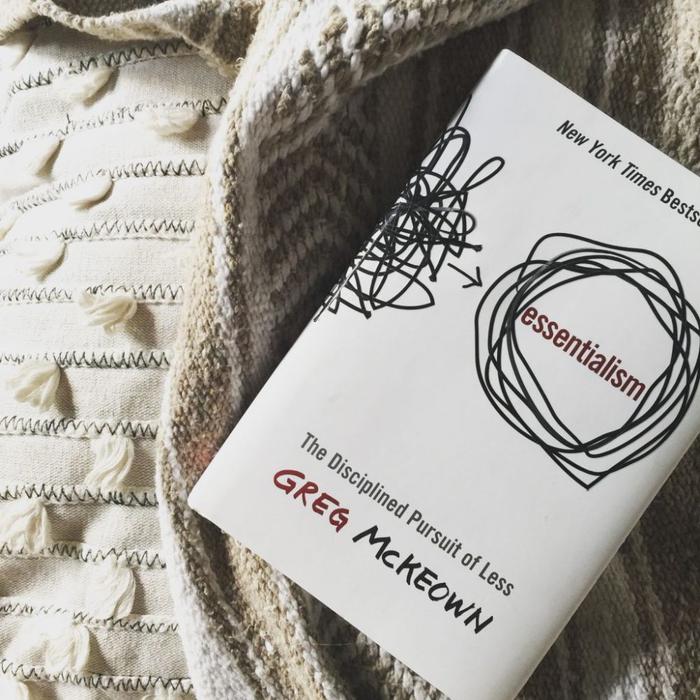 خلاصه کتاب اصل گرایی (Essentialism)