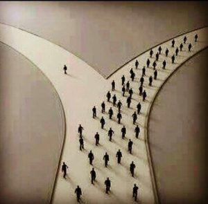 دوراهی های سخت، تو زندگی همه ی ما هست. جاهایی که قیمت انتخاب، تنهاییه