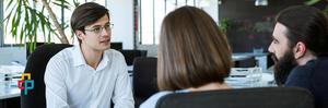 مزایا و معایب استخدام یک دوست یا خویشاوند
