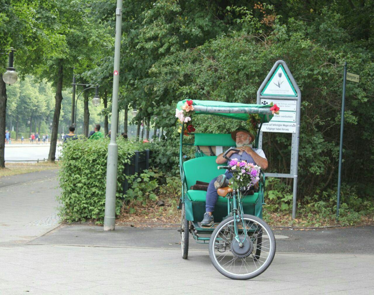 گردش در برلین( قسمت اول )
