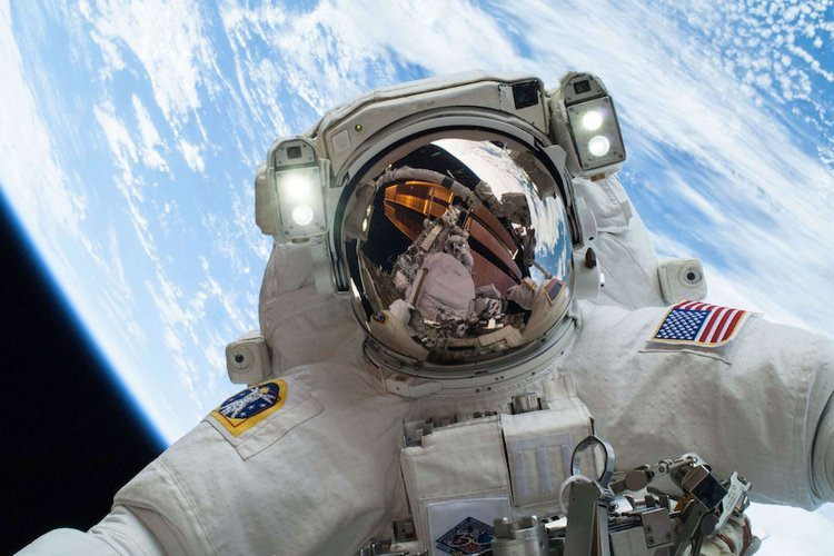 با اپلیکیشن NASA Selfies مثل فضانورداشیم