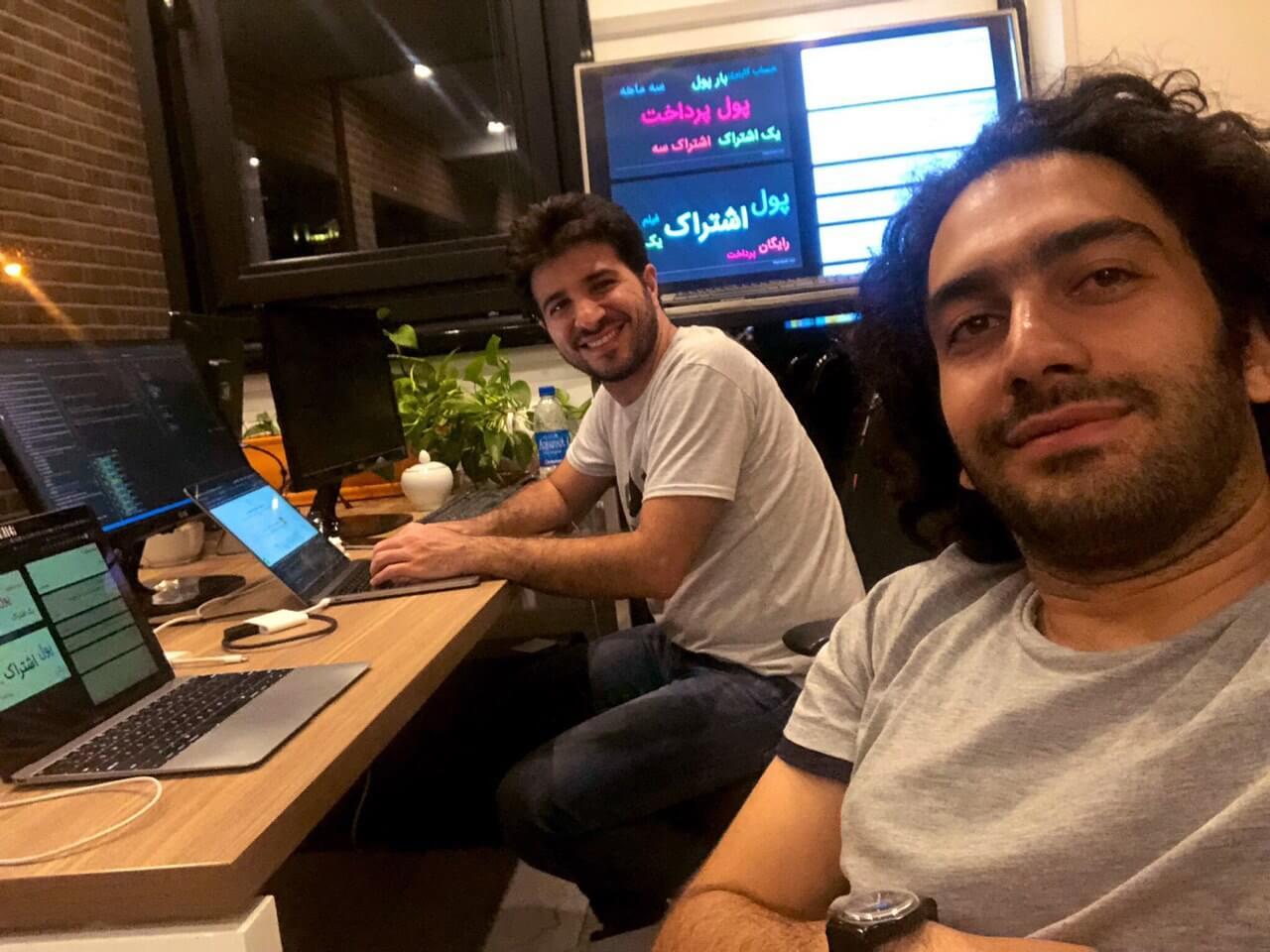محل قرارگیری تلویزیون - (علی ناصری توسعهدهنده رابط کاربری و من)