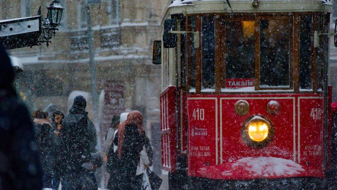 حزننامهای برای شهر خاکستری: درباره کتاب استانبول اثر اورهان پاموک