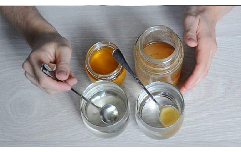 تشخیص عسل طبیعی از تقلبی با آب