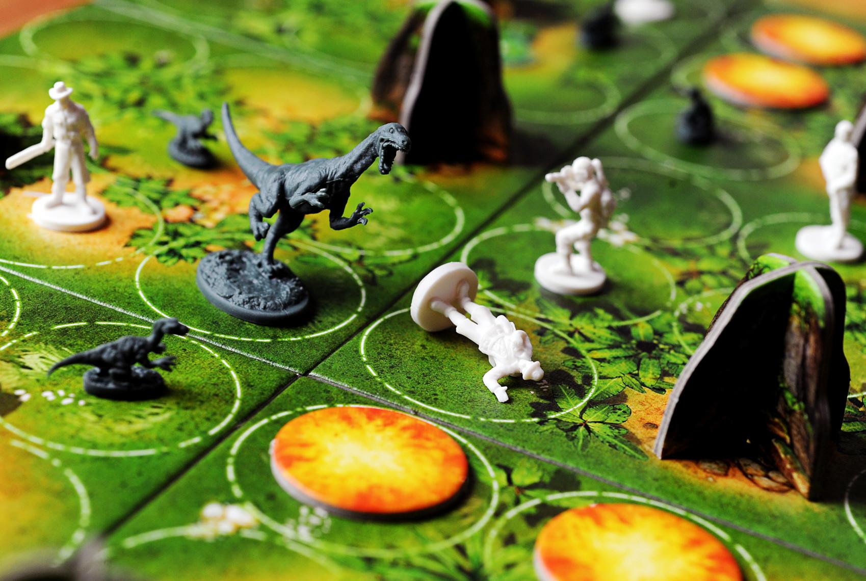 بازی رومیزی Raptor