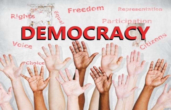 دموکراسی چیست؟