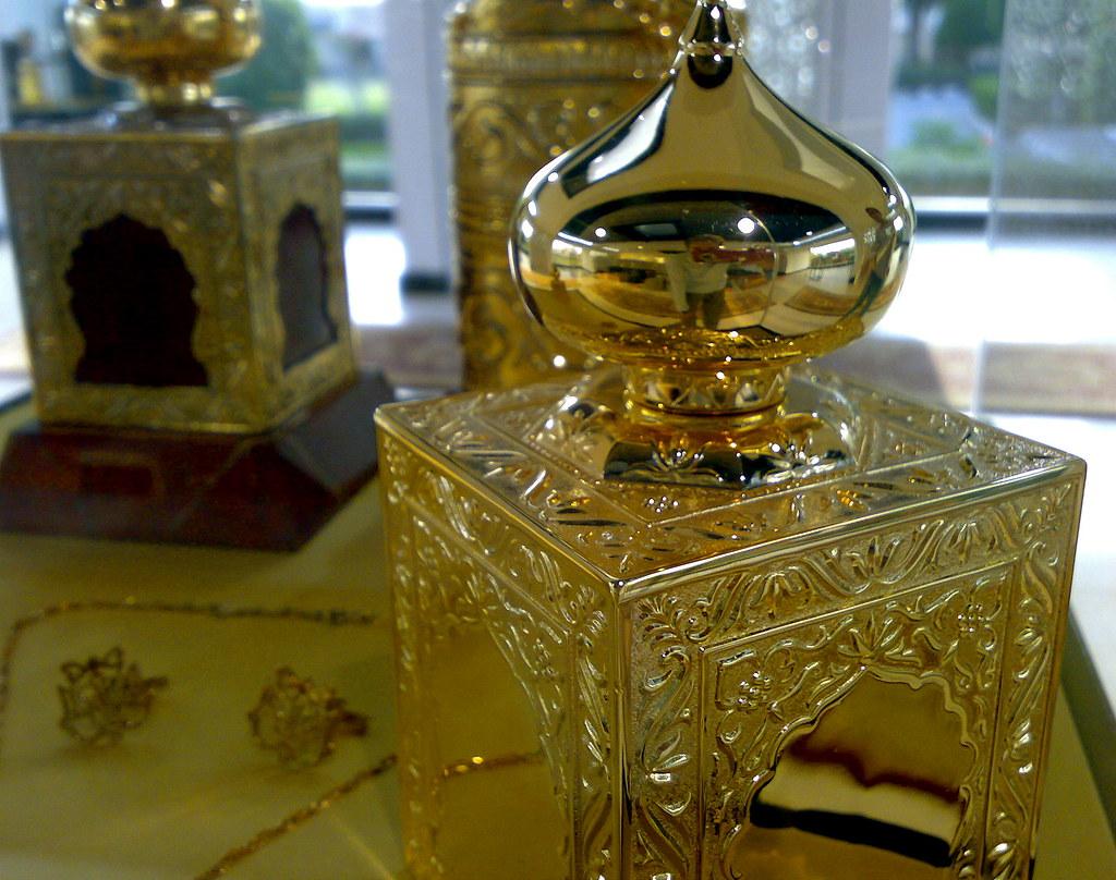 🕌 سنت پیامبر اسلام در استفاده از عطر و خوشبوکنندهها