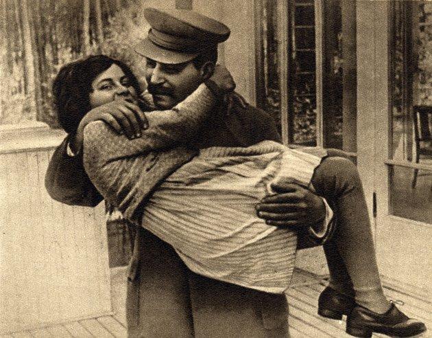 استالین و عاشقی دخترش!