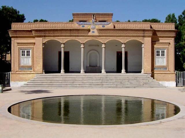 معبد بدون موبد