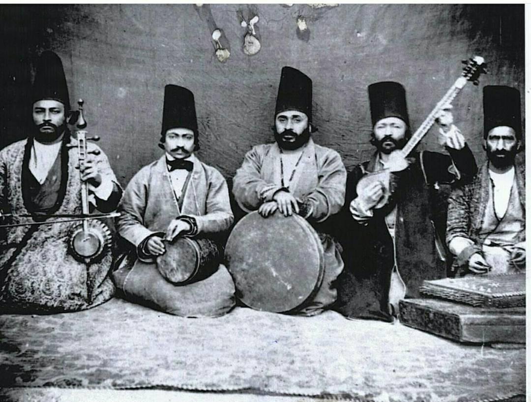 گروهی از مطربان دوره قاجار