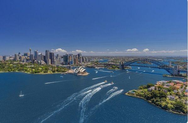 بررسی شرایط مهاجرت به استرالیا از طریق کار
