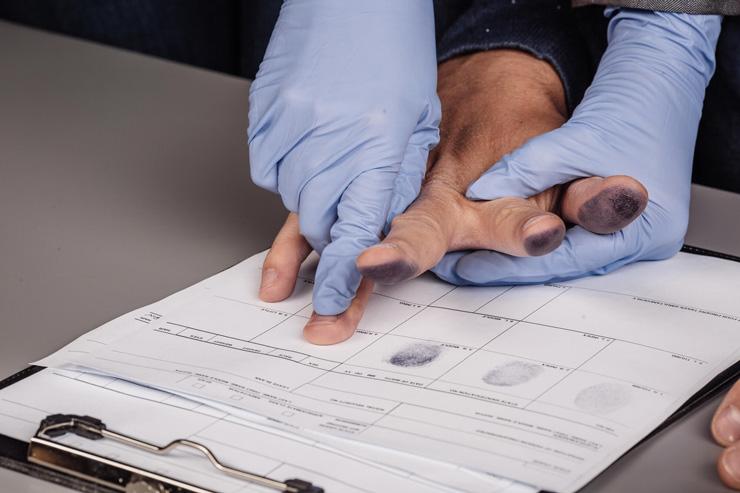 بودن یا نبودن مسئله حذف گواهی عدم سوء پیشینه در ثبت شرکت است!