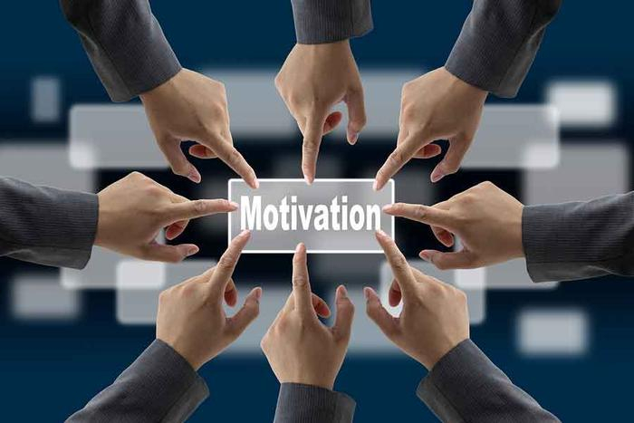 بی انگیزگی در کار و ارتباط پاداش با انگیزه کارمندان